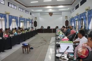 Masyarakat Sukamara Pertanyakan Pemadaman Listrik ke PLN