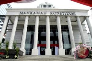 MK Tunda Putusan Sela Pilkada Kotawaringin Timur