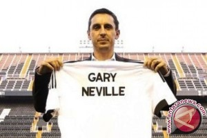 Neville Tunda Bergabung Dengan Timnas Inggris