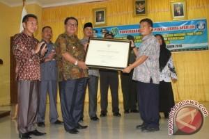 3 Sekolah Sukamara Raih Penghargaan Integritas dari Mendikbud