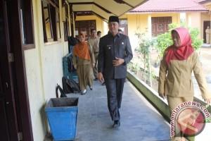 7 Siswa SMA Sukamara Tidak Ikuti UN Tanpa Alasan