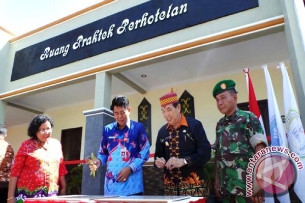 Sekolah Jurusan Perhotelan Di Sampit Semakin Menjanjikan Antara News Kalimantan Tengah