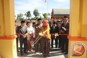 Bupati Sukamara Resmikan Gedung Balai Pelatihan Guru