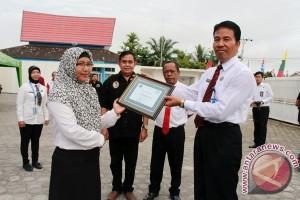BNN Beri Penghargaan P4GN Kepada Guru