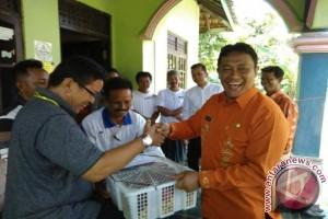 Pererat Silaturahmi, Bupati Ini Menyempatkan Diri Kunjungi Pondokan Peserta PEDA-KTNA