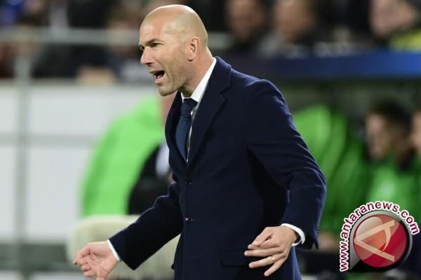 Federasi Sepak Bola Prancis Berharap Zidane Melatih Timnas