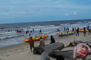 Kapal Patroli Disiagakan di Pantai Ujung Pandaran, Untuk Apa?