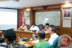 KLH-Kalteng Matangkan Perencanaan Penanaman Jutaan Sengon