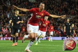 Manchester United Lepas Ibrahimovic