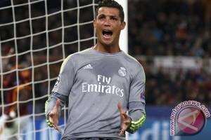 Ronaldo Perpanjang Kontrak Dengan Real