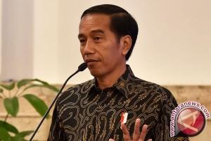 Presiden Silaturahmi Dengan 2 Tokoh Bangsa Habibie dan Try Sutrisno