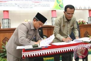 DPRD Dan Pemkot Palangka Raya Sahkan KUA-PPAS APBD 2017