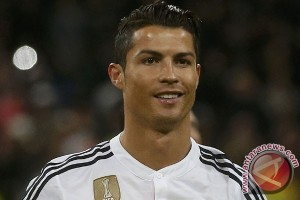 Madrid Tak Gentar Hadapi MU Meski tanpa Ronaldo