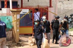 Polisi Tangka 4 Tersangka Kasus Penemuan Bom Bekasi