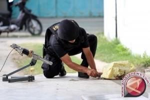 Polisi Amankan Tas Mencurigakan di Depan Gereja Semarang, Ternyata Ini Isinya ...