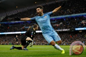 Manchester City Hajar Crystal Palace