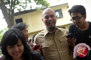 Sudah Sebulan, Kejati Pertanyakan Kasus Ahmad Dhani Ke Polda Metro