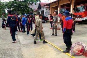 Anggota Satpol PP Barito Utara Dilatih Damkar