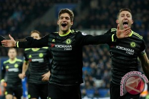 Alonso Bawa Chelsea Hancurkan Leicester City