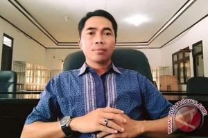 Guru Honorer SLTA Tetaplah Bekerja Profesional, Ini Harapan Legislator Pulpis