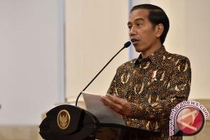 Jokowi : Pemda Tingkatkan Diklat Pada Pondok Pesantren