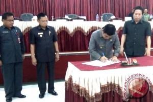 Eksekutif - Legislatif Setujui Raperda Tata Kelola Perkebunan Berkelanjutan