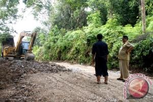 Pemkab Barito Utara Perbaiki Jalan Tempat Wisata