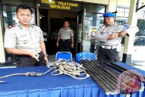 Warga Pelangsian Dikagetkan Penemuan Jenazah Di Gedung Sarang Walet