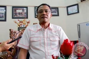 Ketua DPRD Minta Anggaran Perbaikan Jalan Ditingkatkan