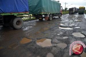 Saat Reses, Anggota DPRD Ini Banyak Temukan Jalan Berlubang