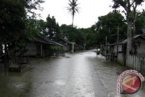 Normalisasi dan Penyiringan Sungai Kurangi Dampak Banjir di Menthobi Raya
