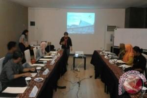 FTKP Tanjung Puting Promosi Melalui Pelatihan Menulis