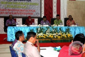 Bupati Sukamara Buka Rapat Kerja Komwil FORSESDASI