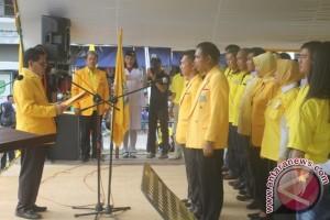 Pengurus Golkar Sukamara Dilantik, Kader Maju Pilkada Dipersilakan