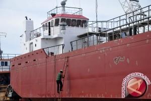 Kemenhub Berikan Bantuan Kapal Angkut BBM