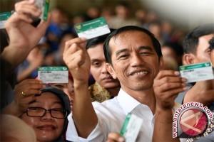 Jokowi Tegaskan Semua Pemegang KIS Berhak Dilayani Dengan Baik