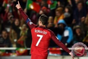 Kualifikasi Piala Dunia - Ronaldo Bawa Portugal Taklukkan Hongaria