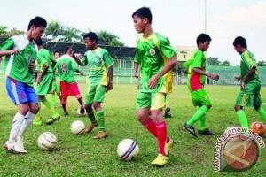 Mari Dukung! Bupati Seruyan Ingin Dirikan Sekolah Sepak Bola