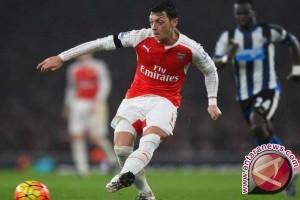 Kalahkan Southampton, Arsenal Geser Posisi MU