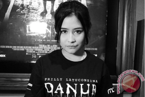 """Prilly Latuconsina Alami Hal Mistis saat Bermain Film """"Danur"""""""