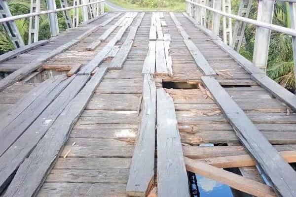 Bangunlah Jembatan Penghubung Seruyan-Kotim yang Permanen!