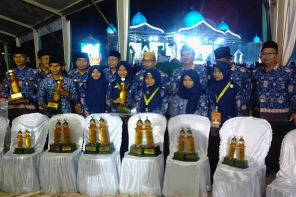 Mantap! Bupati Barut Umrahkan Tujuh Juara STQ Kalteng