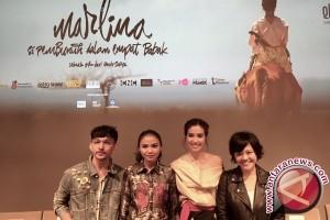 """Akhirnya! """"Marlina"""" Film Indonesia Pertama di Cannes"""