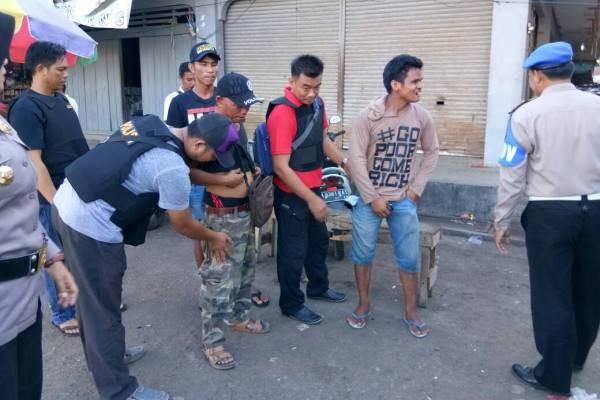 Polsek Dusun Timur Razia di Pasar, Namun Tidak Ditemukan Preman