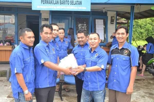 PWI Barsel Bagikan Paket Lebaran