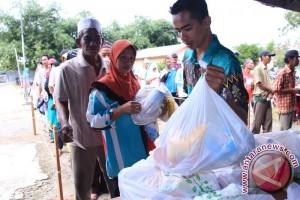 500 Paket Sembako Murah Kemendag Diserbu Warga