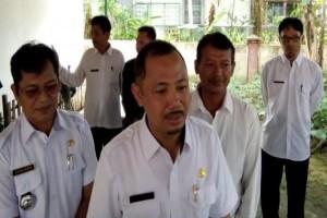Bupati Eddy Raya Salurkan Bantuan Bencana Banjir