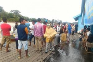 """Jelang Lebaran, Penumpang """"Speed Boat"""" Sungai Barito Kalteng Ramai"""