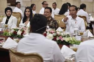 Presiden Buka Puasa Bersama Pegiat Medsos