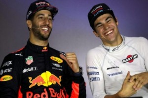 Daniel Ricciardo Menangi GP Azerbaijan
